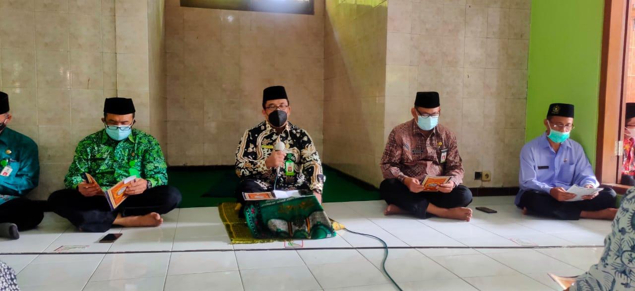 Kemenag Tuban Gelar Doa  Bersama