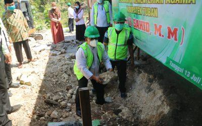 Peletakan Batu Pertama Pembangunan Gedung Asrama Siswa MTs Negeri 2 Tuban Oleh Kakankemenag Tuban